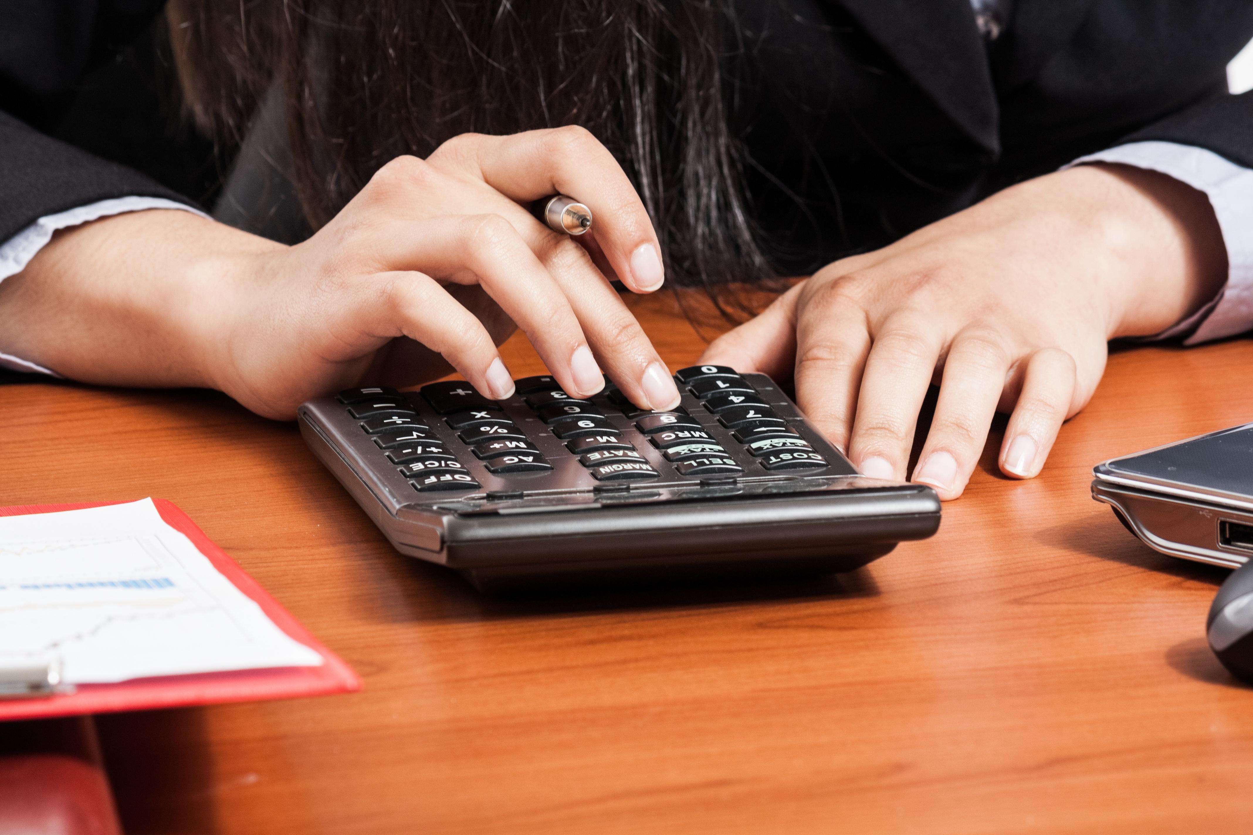 Sales Hiring Mistake Calculator